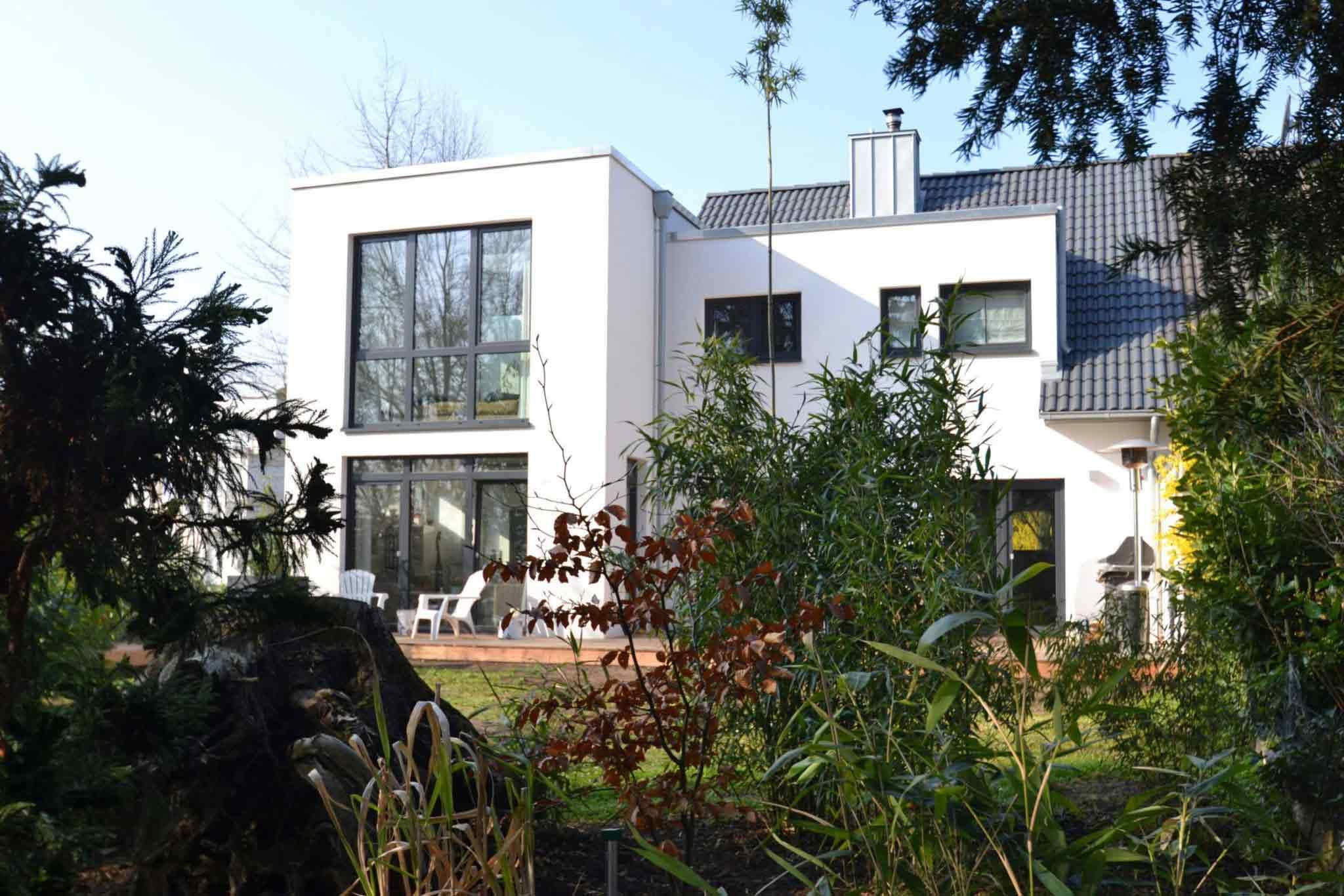 Großzügige, moderne Doppelhaushälfte in idyllischer Lage von Hürth-Sielsdorf